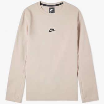 NIKE LONG SLEEVE TECH PACK CREW TEE DIFFUSED TAUPE & BLACK