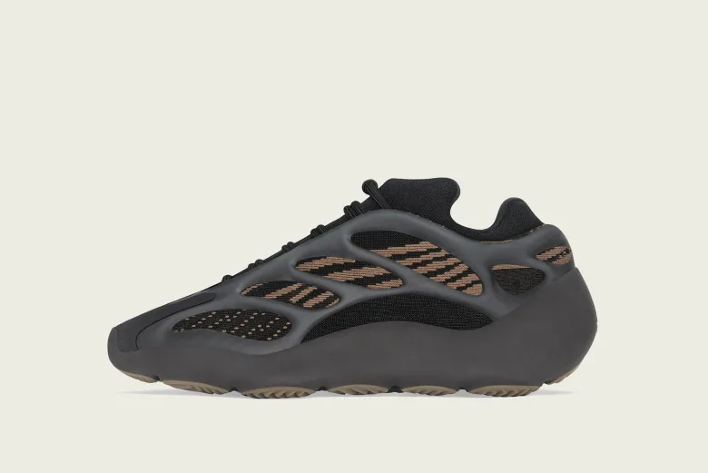 """YEEZY 700 V3 """"Clay Brown"""""""